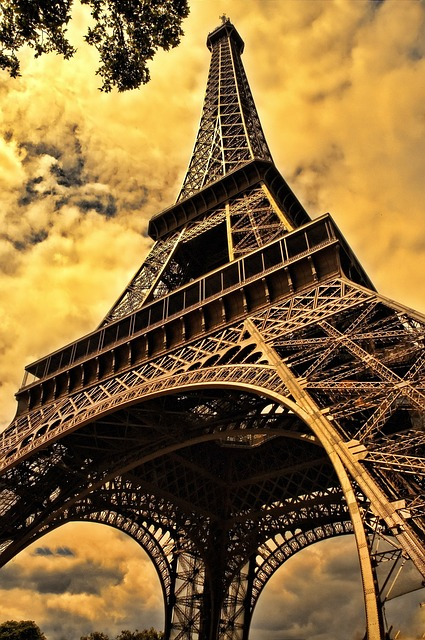 Eifel Tower (Courtesy of Pixabay)