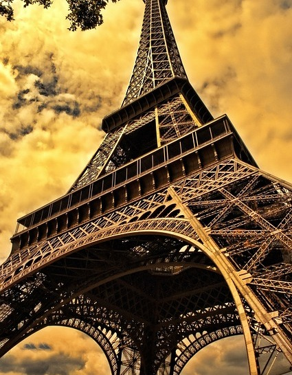 Eifel Tower (Courtesy of Pixabay)
