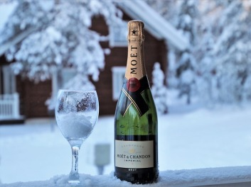 champagne-3961509_640